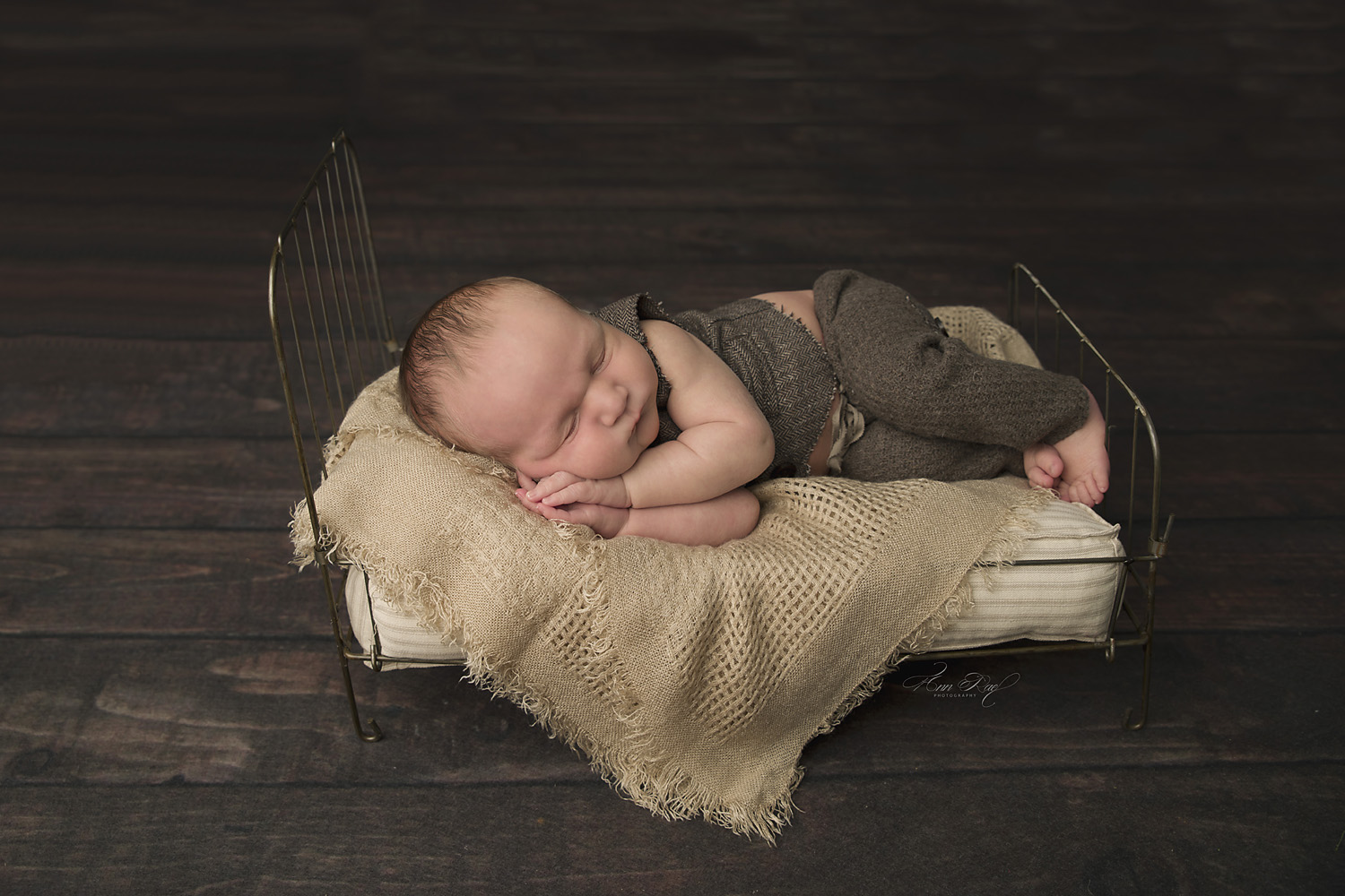 Sleeping Newborn Pictures in St. Louis