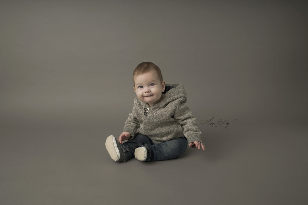 Simple Gray Backdrop used in Baby Photographers Set up